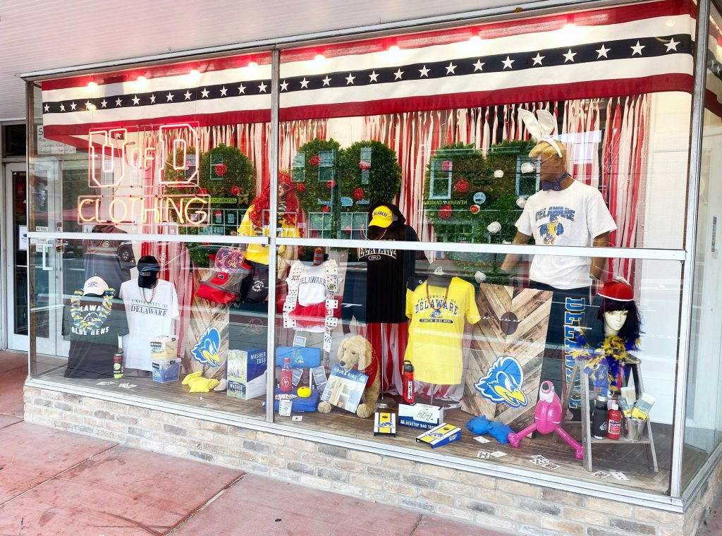 National 5 & 10 Queen's Court themed display window featuring University of Delaware apparel, lawn games and accessories.